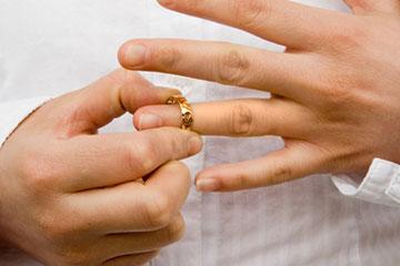 Có thể ly hôn với chồng đã mất tích hay không?