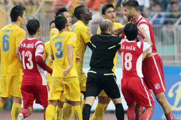 Xử phạt nặng hành vi bạo lực thể thao